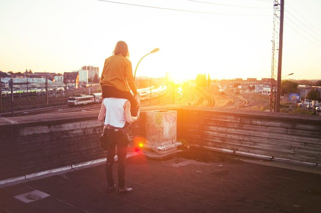 """I Capture You In The Sun"". (Théo Gosselin)"