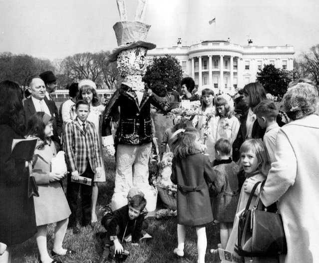 March 28, 1967 Egg Roll; A large bunny attracted the attention of children and their parents during the annual Easter egg roll Monday on the south lawn of the White House. The bunny was made by Fred Johansen, Silver Spring, Md. (Photo by Minneapolis Star Tribune)
