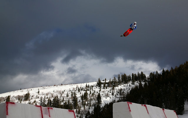 Zongyang Jia of China competes during qualifying for the Mens Aerials at the FIS Freestyle Ski World Cup Aerial Competition at Deer Valley on January 10, 2014 in Park City, Utah. (Photo by Mike Ehrmann/Getty Images)