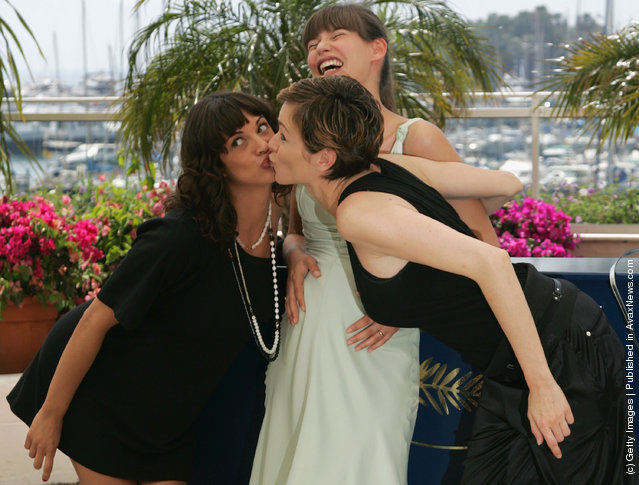 Actress Asia Argento, Bianca Balti and Stefania Rocca kissing