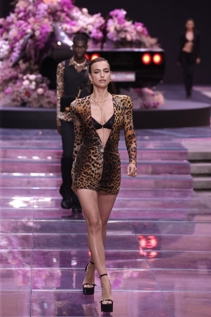 Model Irina Shayk wears a creation as part of the Versace men's Spring-Summer 2020 collection, unveiled during the fashion week, in Milan, Italy, Saturday, June 15, 2019. (Photo by Luca Bruno/AP Photo)