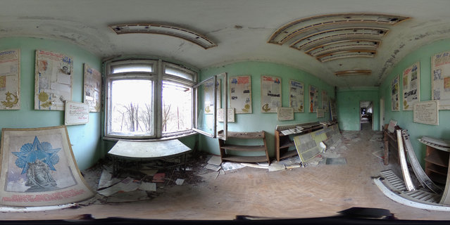 Posters in Russian hang from the wall of a room in elementary school number three on April 9, 2016 in Pripyat, Ukraine. (Photo by Sean Gallup/Getty Images)