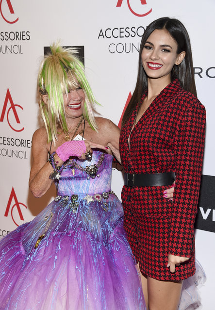 Style Icon Award recipient Betsey Johnson, left, poses with actress Victoria Justice at the 21st Annual ACE Awards hosted by the Accessories Council at Cipriani 42nd Street on Monday, August 7, 2017, in New York. (Photo by Evan Agostini/Invision/AP Photo)