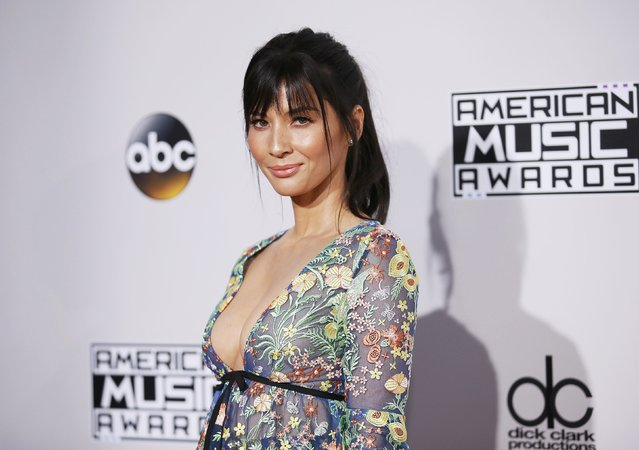 Actress Olivia Munn arrives at the 2016 American Music Awards in Los Angeles, California, U.S., November 20, 2016. (Photo by Danny Moloshok/Reuters)