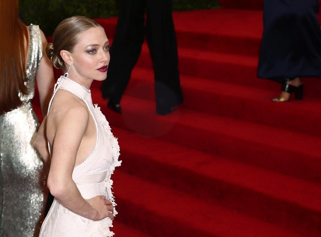 "Actress Amanda Seyfried arrives at the Metropolitan Museum of Art Costume Institute Gala 2015 celebrating the opening of ""China: Through the Looking Glass"" in Manhattan, New York May 4, 2015. (Photo by Lucas Jackson/Reuters)"