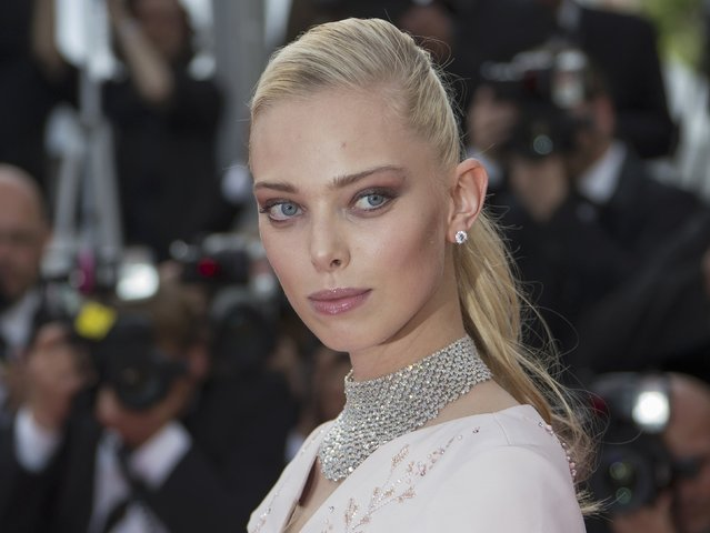 """Model Tanya Dziahileva poses on the red carpet as she arrives for the opening ceremony and the screening of the film """"La tete haute"""" out of competition during the 68th Cannes Film Festival in Cannes, southern France, May 13, 2015. (Photo by Yves Herman/Reuters)"""