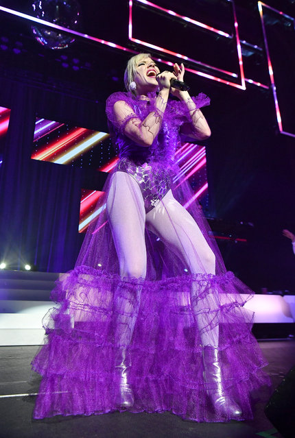 """Carly Rae Jepsen performs onstage during her """"Dedicated"""" tour at The Tabernacle on July 28, 2019 in Atlanta, Georgia. (Photo by Paras Griffin/Getty Images)"""