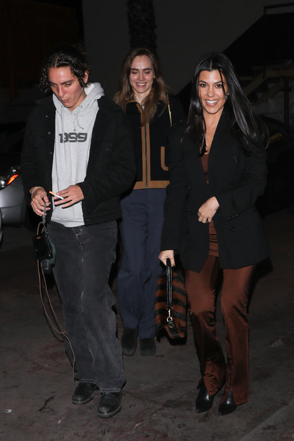Kourtney Kardashian is seen leaving with friends after dinner at Matsuhisa including Suki Waterhouse and her date in Los Angeles on January 8, 2020. (Photo by The Mega Agency)