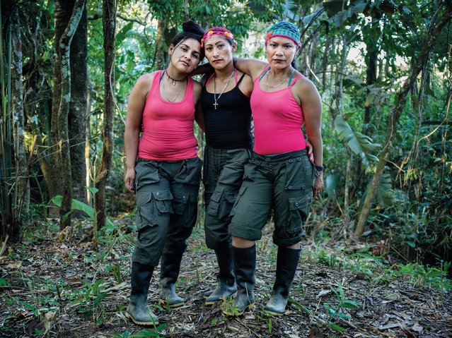 Farc guerrilla fighters Daniela, Yuli and Nancy in the transition period from soldier to civilian in El Diamante camp. (Photo by Mads Nissen/Politiken/The Guardian/Panos Pictures)