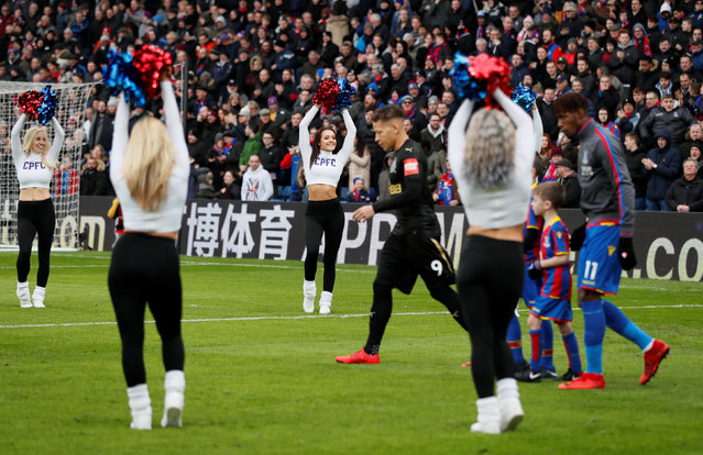 Cheerleaders perform before the English Premier League football match between Crystal Palace and Newcastle United at Selhurst Park in south London on February 4, 2018. (Photo by David Klein/Reuters)