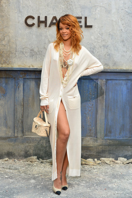 Rihanna attends the Chanel show as part of Paris Fashion Week Haute-Couture Fall/Winter 2013-2014 at Grand Palais on July 2, 2013 in Paris, France. (Photo by Pascal Le Segretain/Getty Images)