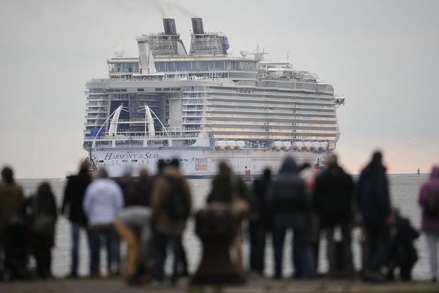 The Harmony of the Seas ( Oasis 3 ) class ship leaves the STX Les Chantiers de l'Atlantique shipyard site in Saint-Nazaire, France, March 10, 2016. (Photo by Stephane Mahe/Reuters)