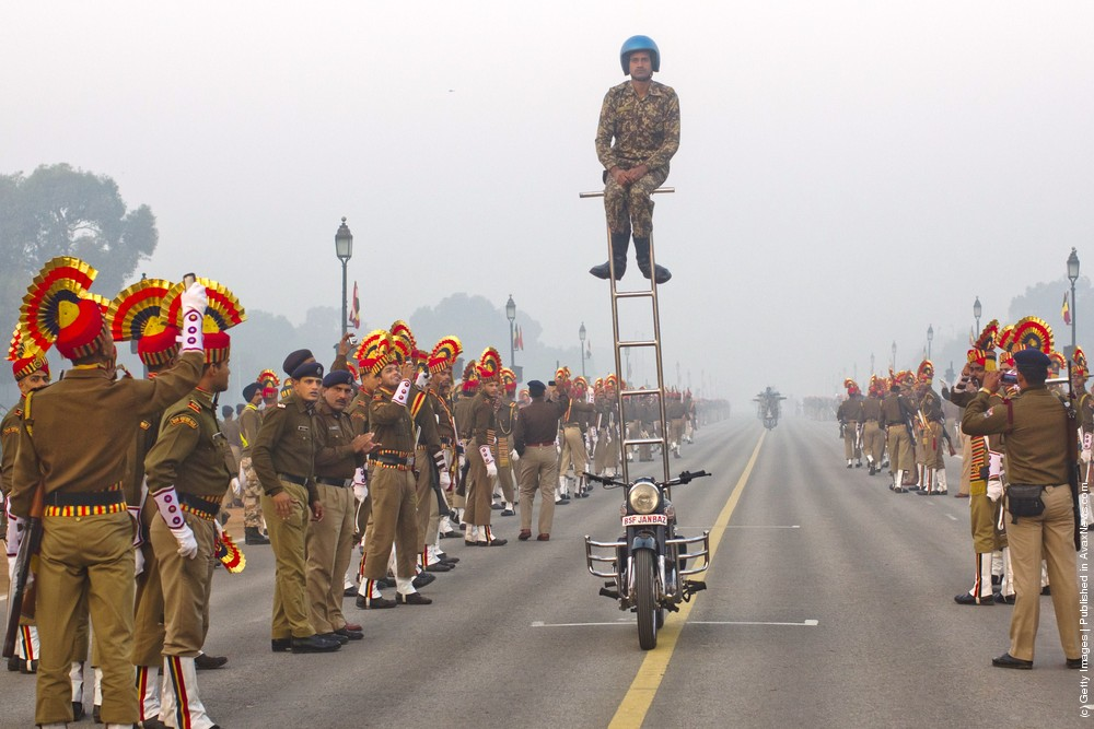 Indian Soldiers Practice Ahead Of Republic Day