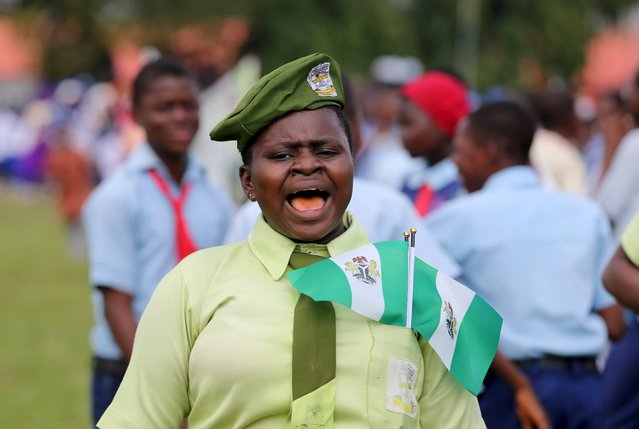 A student reacts during a parade to commemorate Nigeria's 55th Independence Day in Lagos, October 1, 2015.  REUTERS/Akintunde Akinleye