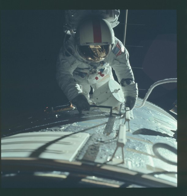 Astronaut Ronald E. Evans is photographed performing extravehicular activity during the Apollo 17 spacecraft's trans-Earth coast in this December 17, 1972 NASA handout photo. (Photo by Reuters/NASA)