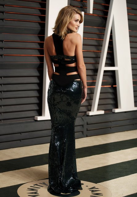 Model Rosie Huntington-Whiteley arrives at the 2015 Vanity Fair Oscar Party in Beverly Hills, California February 22, 2015. (Photo by Danny Moloshok/Reuters)
