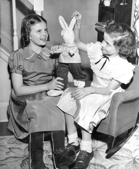 March 13, 1952 Ben Bunny ready for drive Kathy Johnson, Easter seal girl, shows Ben to Mary Moser. (Photo by Minneapolis Star Tribune)