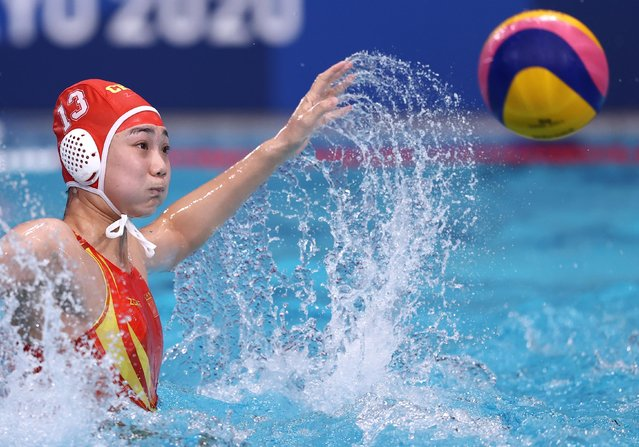 Yineng Shen of China in action during the women's classification 7th-8th match of water polo competition between China and Canada at the Tokyo 2020 Olympic Games in Tokyo, Japan, August 7, 2021. (Photo by Gonzalo Fuentes/Reuters)