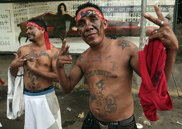 Men take part in celebrations honoring the patron saint of Managua, Santo Domingo de Guzman, in Managua, Nicaragua, August 1, 2015. (Photo by Oswaldo Rivas/Reuters)