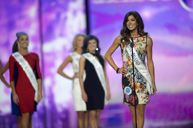 Miss America contestants compete in the first night of preliminaries of Miss America at Boardwalk Hall in Atlantic City, New Jersey, September 8, 2015. (Photo by Mark Makela/Reuters)