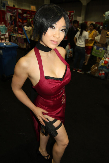 Ada Wong from Resident Evil 4. Anime Expo 2011. (Photo by Dizoburo)