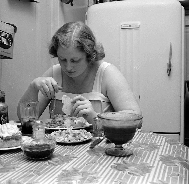 Dorothy Bradley, photographed for LIFE magazine article on obesity, 1949. (Photo by Martha Holmes/Time & Life Pictures)