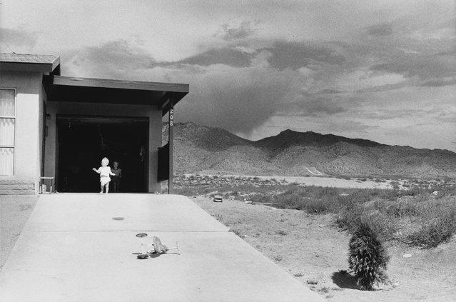 Albuquerque, New Mexico, 1958. (Photo by Garry Winogrand)