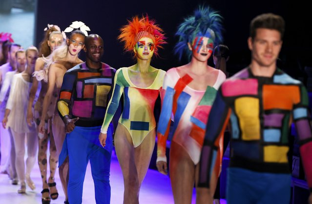 Models present makeup creations during dress reharsal by Maybelline New York at the Berlin Fashion Week Autumn/Winter 2015 in Berlin January 19, 2015. (Photo by Fabrizio Bensch/Reuters)