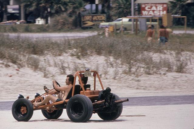Dune buggy on Stewart Beach on the eastern tip of Galveston Island, July 1972. (Photo by Blair Pittman/NARA via The Atlantic)