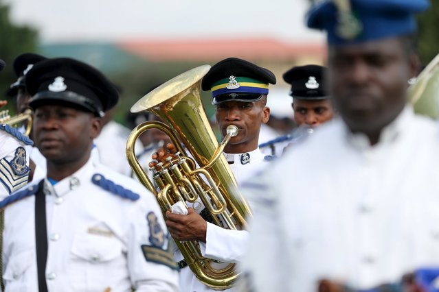 Members of the Nigerian Police band participate in a parade to commemorate Nigeria's 55th Independence Day in Lagos, October 1, 2015. (Photo by Afolabi Sotunde/Reuters)