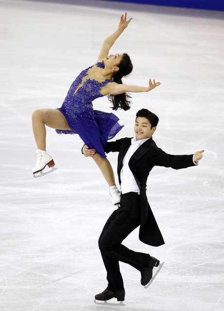 Maia Shibutani and Alex Shibutani of the U.S. perform during the Ice Dance event at the ISU Grand Prix of Figure Skating final in Barcelona December 13, 2014. (Photo by Albert Gea/Reuters)