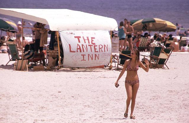 Stewart Beach, Galveston Island, July 1972. (Photo by Blair Pittman/NARA via The Atlantic)