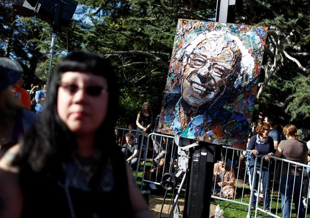 Bernie Sanders artwork by Amanda Burkman is displayed before the U S. Democratic presidential candidate's campaign rally at Colton Hall in Monterey, California, U.S., May 31, 2016. (Photo by Michael Fiala/Reuters)