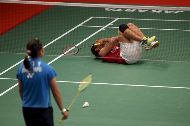 Indonesia's Lindaweni Fanetri reacts after her win against Taiwan's Tai Tzu Ying in their quarter-final women's singles badminton match  at the BWF World Championship in Jakarta, Indonesia August 14, 2015. (Photo by Darren Whiteside/Reuters)
