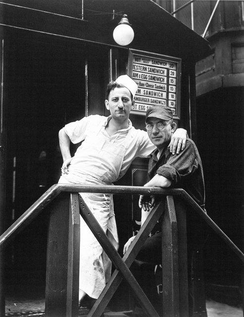Lunchroom Buddies, New York City, 1931. (Photo by Walker Evans)