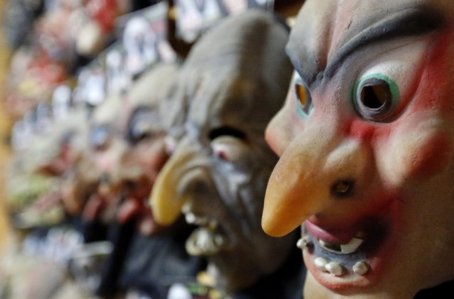 """Carnival masks are seen at a costume factory in a suburb of Rio de Janeiro January 22, 2015. A total of 250,000 masks will be made for the upcoming """"Brazil Carnival"""" festival from February 14 to 17, according to the manufacturer. (Photo by Sergio Moraes/Reuters)"""