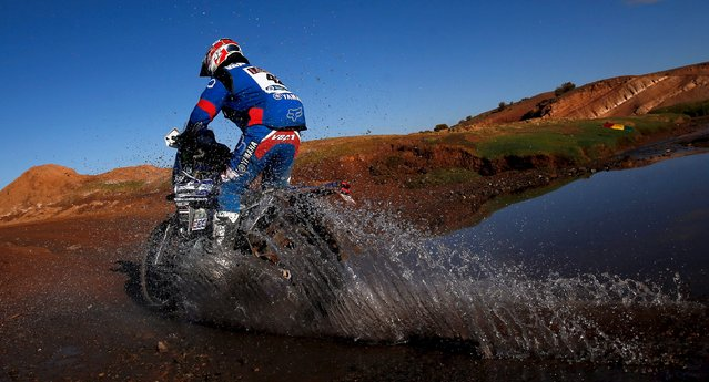 Adrien Van Beveren of France rides his Yamaha during the seventh stage in the Dakar Rally 2016 near Uyuni, Bolivia, January 9, 2016. (Photo by Marcos Brindicci/Reuters)