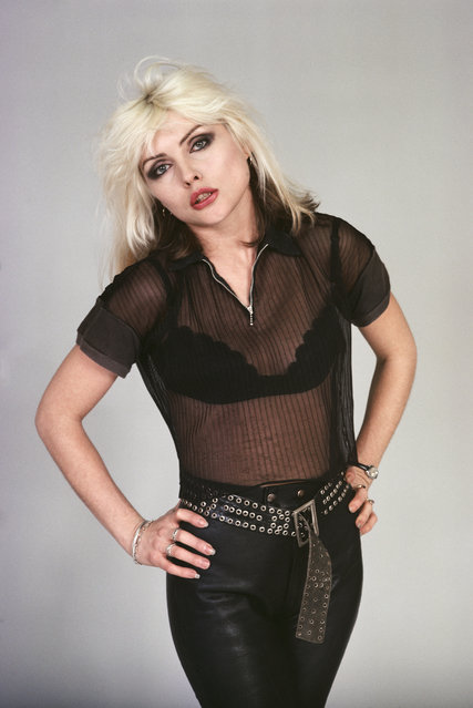 American singer and actress Debbie Harry of punk band Blondie in New York City, February 1977. (Photo by Michael Brennan/Getty Images)