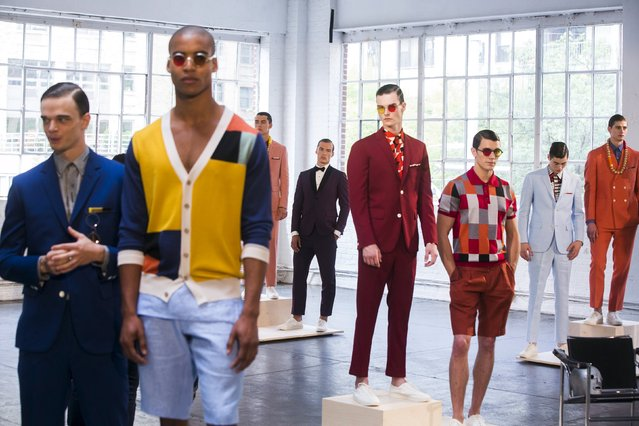 Models stand on pedestals for the David Hart presentation during Men's Fashion Week, in New York, July 13, 2015. (Photo by Lucas Jackson/Reuters)