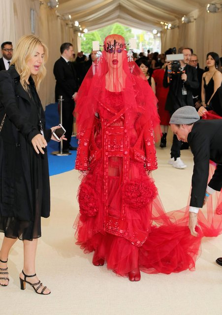 """Katy Perry attends the """"Rei Kawakubo/Comme des Garcons: Art Of The In-Between"""" Costume Institute Gala at Metropolitan Museum of Art on May 1, 2017 in New York City. (Photo by Neilson Barnard/Getty Images)"""