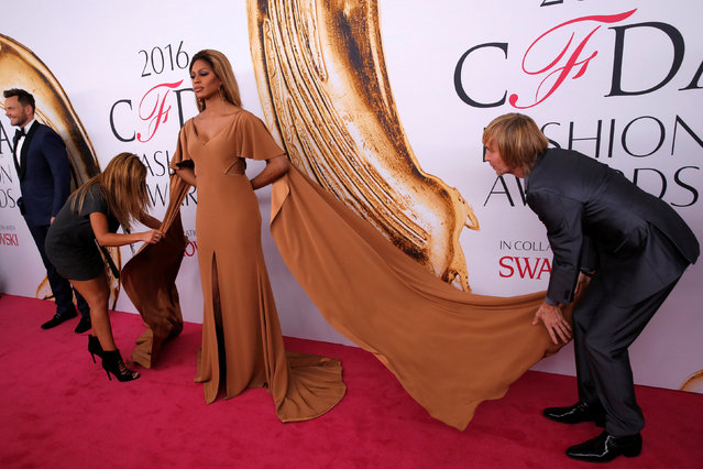 Actress Laverne Cox arrives for the 2016 CFDA Fashion Awards in Manhattan, New York, U.S., June 6, 2016. (Photo by Andrew Kelly/Reuters)