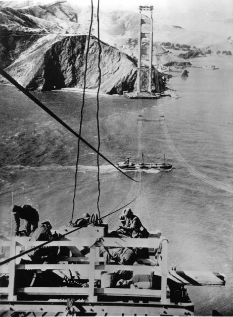 Construction of the Golden Gate Bridge, at the time the longest chain bridge of the world. San Francisco, around 1935. (Photo by Imagno/Getty Images)