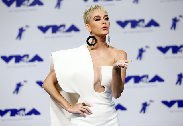 Katy Perry poses in the press room at the MTV Video Music Awards at The Forum on Sunday, August 27, 2017, in Inglewood, Calif. (Photo by Danny Moloshok/Reuters)