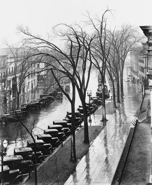 Saratoga Springs, New York, 1931. (Photo by Walker Evans)