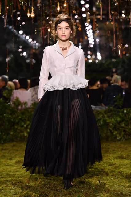 A model walks the runway during the Christian Dior Spring Summer 2017 show as part of Paris Fashion Week on January 23, 2017 in Paris, France. (Photo by Pascal Le Segretain/Getty Images)