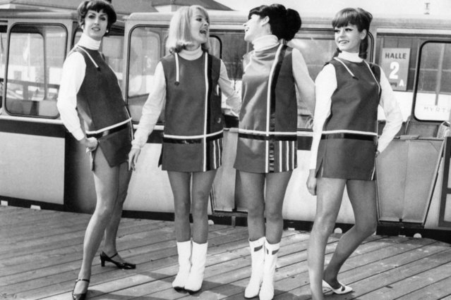 "Fashion models have mini skirts from the collection ""Summer of 1966"" during the Fashion Week in Munich, March 24, 1966. (Photo by AFP Photo)"