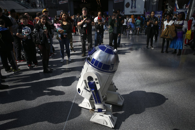 A Star Wars R2D2 is seen inside New York's Comic-Con convention, October 9, 2014. (Photo by Shannon Stapleton/Reuters)
