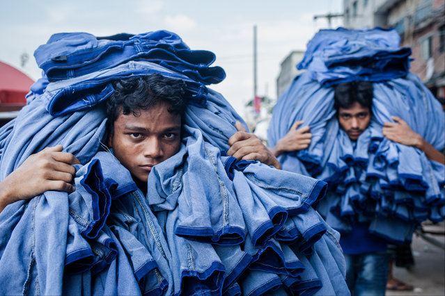 Workers – 13:00. (Photo by SHM Mushfiqul Alam)