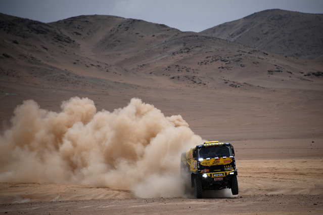 Czech Republic's truck driver Martin Macik and co-drivers Frantisek Tomasek and Lucas Kalanka compete in stage 4 between Arequipa and Tacna on January 10, 2019. (Photo by Franck Fife/AFP Photo)