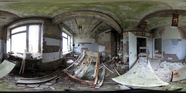 Rusting medical equipment stands in a room in the crumbling former hospital on April 9, 2016 in Pripyat, Ukraine. (Photo by Sean Gallup/Getty Images)
